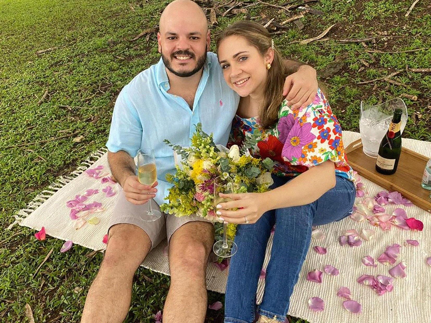 EVENTOS SOCIALES    Petición de mano entre Arturo Sucre Melfi y María Elisa Luchsinger Fernández