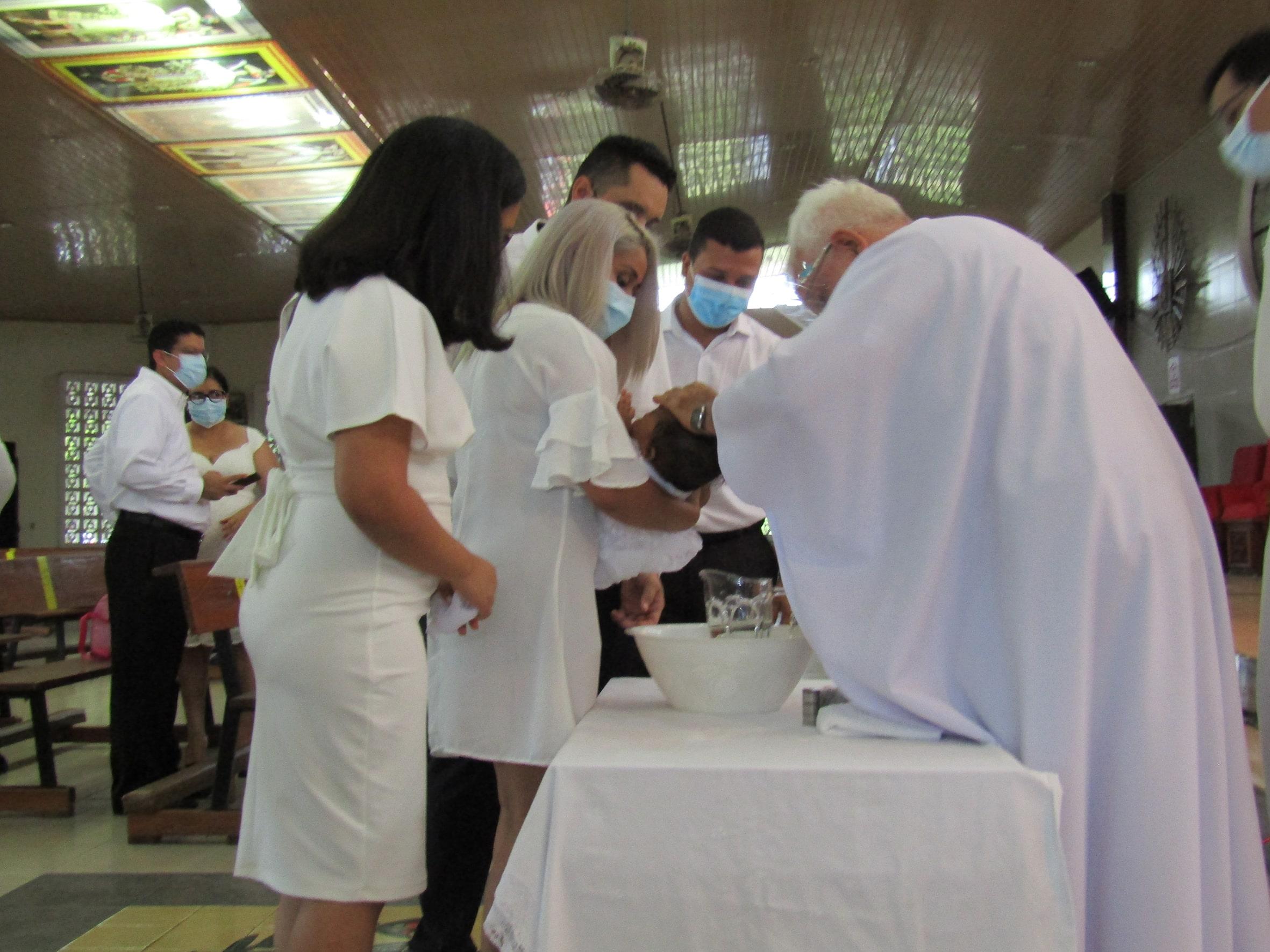 EVENTOS SOCIALES  | Primer sacramento de a Hannah Paola Cupas Roca
