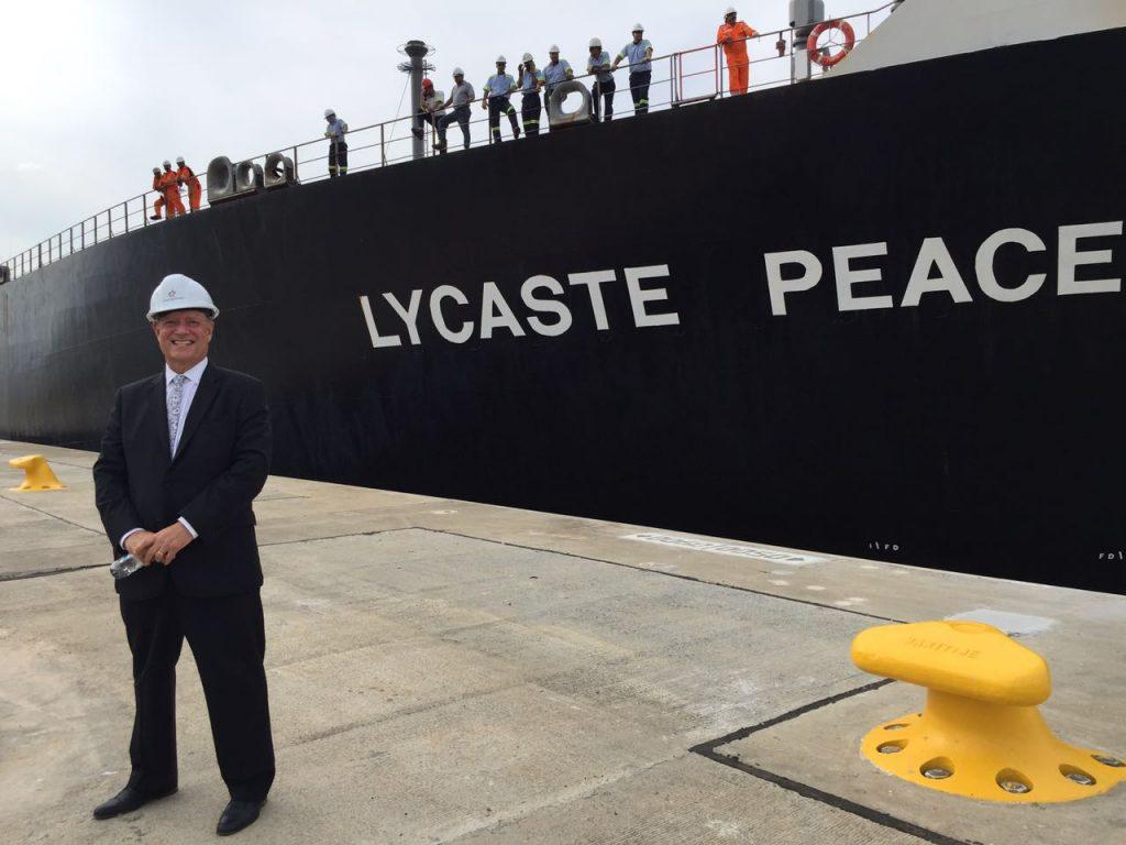 SOCIALES  | LYCASTE PEACE, PRIMER BARCO DE BANDERA PANAMEÑA EN TRANSITAR EL CANAL AMPLIADO