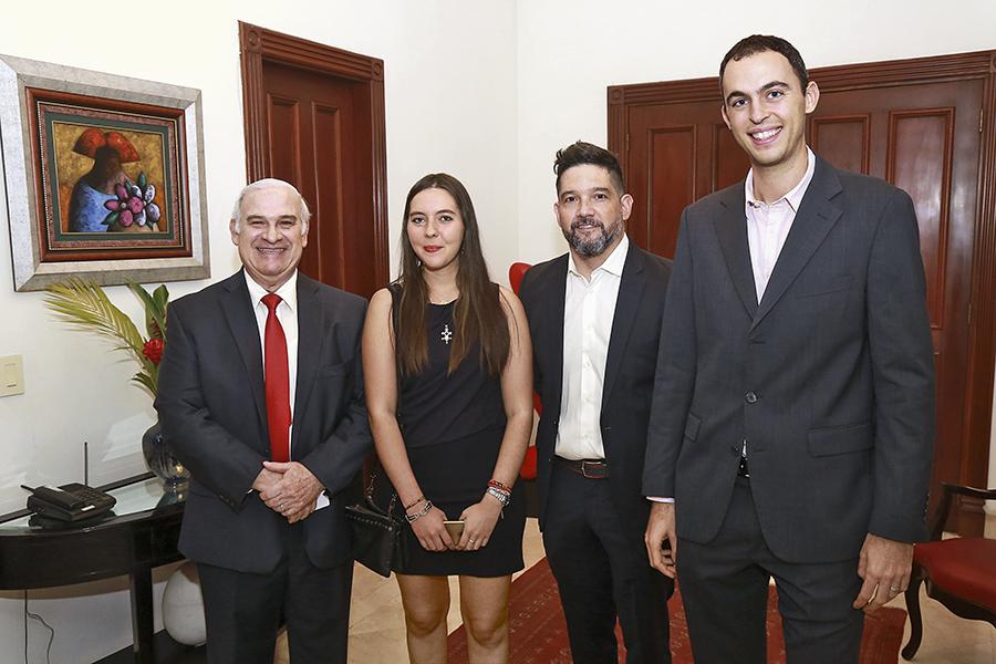 SOCIALES    ALIANZA AMISTOSA