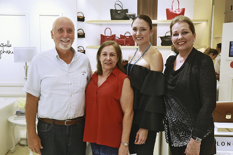 SOCIALES  | EL BOLSO DE LA TEMPORADA
