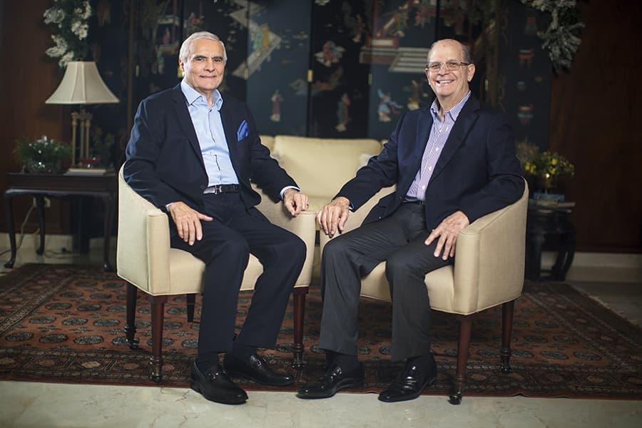PORTADA  | ROBERTO ALFARO Y RICARDO ARANGO