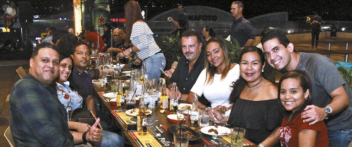 EMPRESARIALES EVENTOS  | Mr. Pollo by Mr. Limón abrió sus puertasen Altaplaza Mall