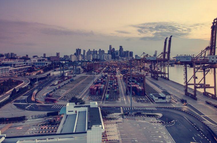 transbordo de contenedores EN Panama