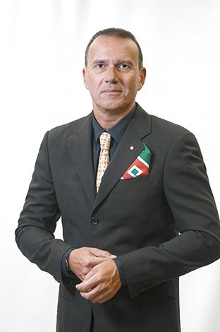GENTE MR. TIE  | ALBERTO BOTARELLI