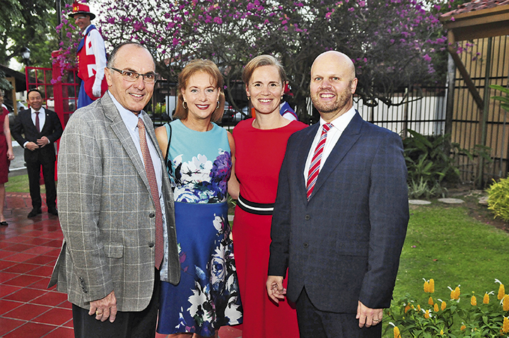 EVENTOS SOCIALES    Embajada Británica celebra el cumpleaños de Su Majestad la Reina Isabel II