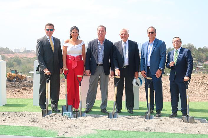 EMPRESARIALES EVENTOS    Acto de la Primera Piedra de Golf Gardens Residences&Club
