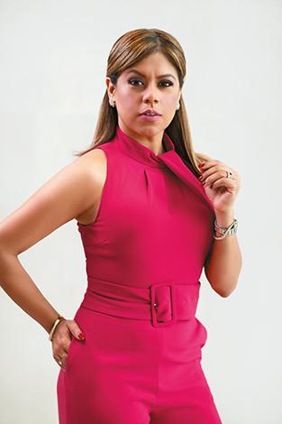 GENTE MUJER DE HOY  | Susan Elizabeth Castillo