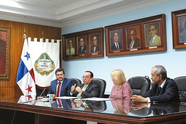 EMPRESARIALES EVENTOS  | Convenio entre el Hospital Nacional y la Universidad de Panamá