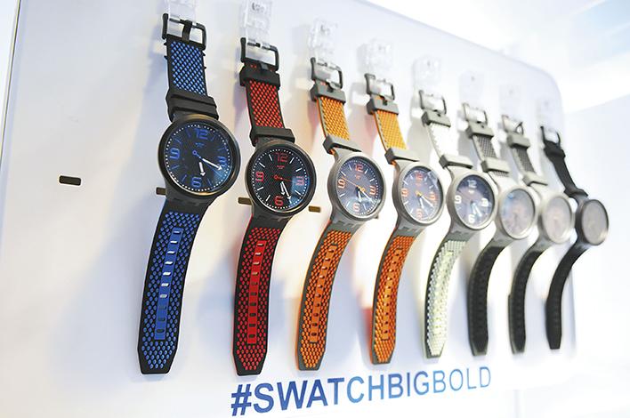 EMPRESARIALES EVENTOS  | World Time realizó el lanzamiento de Swatch Big Bold