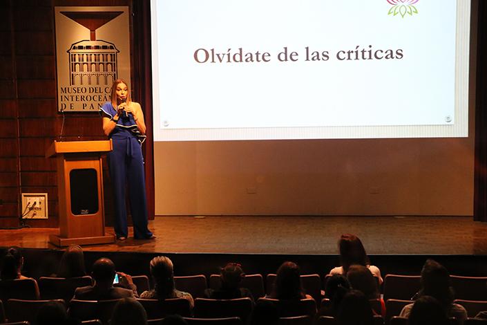 "CULTURALES EVENTOS  | Conferencia ""Todo depende de ti"" por Fifita Bichili"