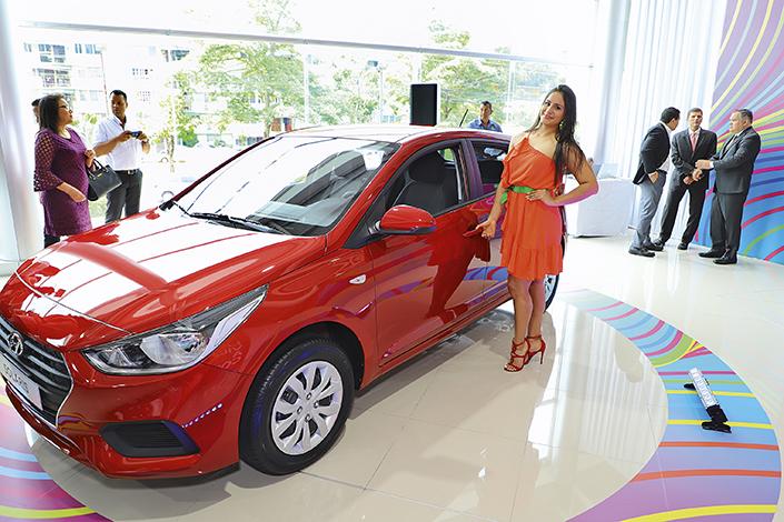 EMPRESARIALES EVENTOS  | Petroautos Hyundai presenta sus modelos Atos y Accent Solaris hatchback