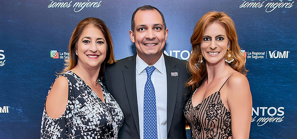 EMPRESARIALES EVENTOS  | La Regional De Seguros y VIP Universal Medical Insurance Group lanzan lanzó Universal VIP y Special VIP