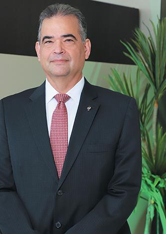 GENTE MR. TIE    GONZALO SIERRA