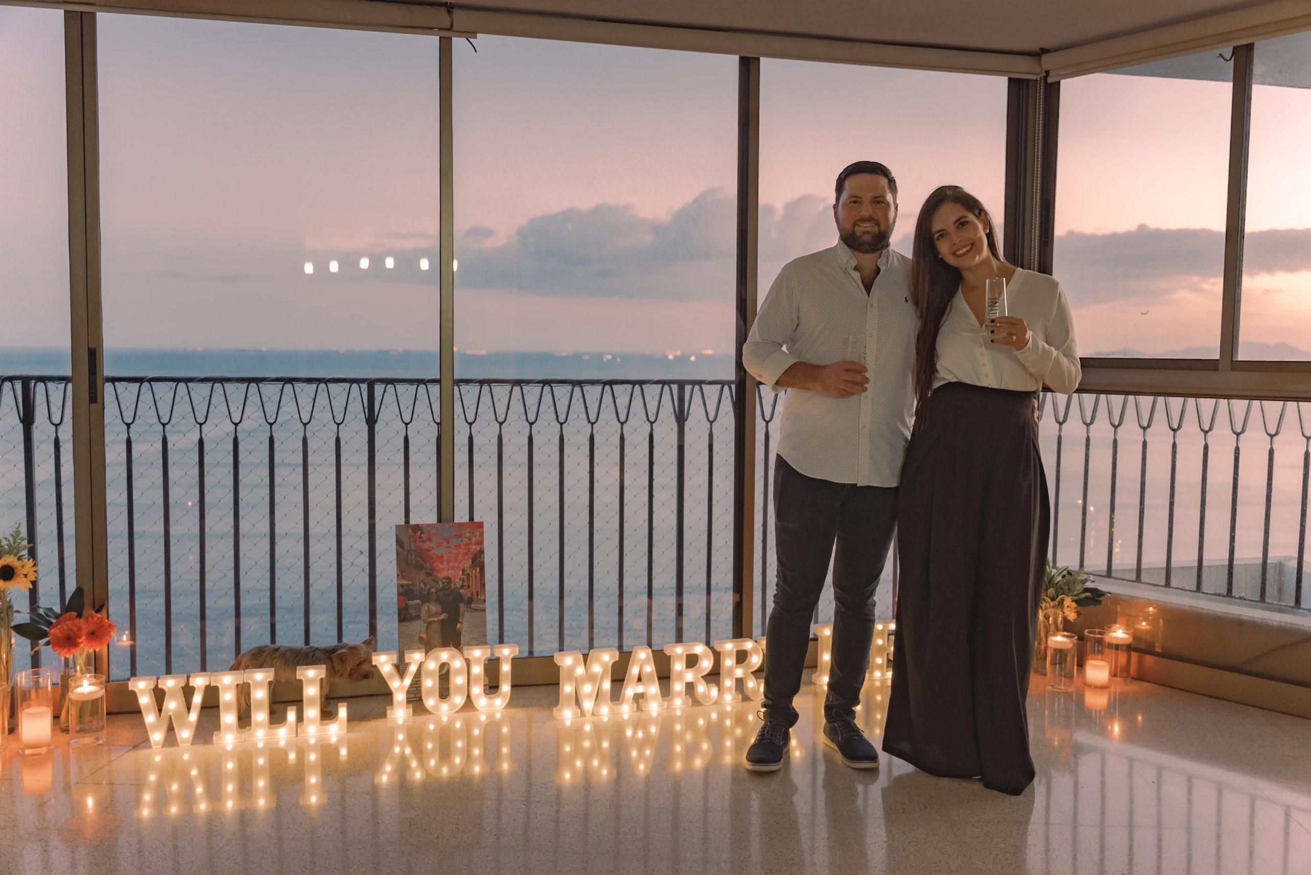 EVENTOS SOCIALES  | Propuesta matrimonial entre Thomas Julio Arosemena Callan y Analiz Moreno Arosemena