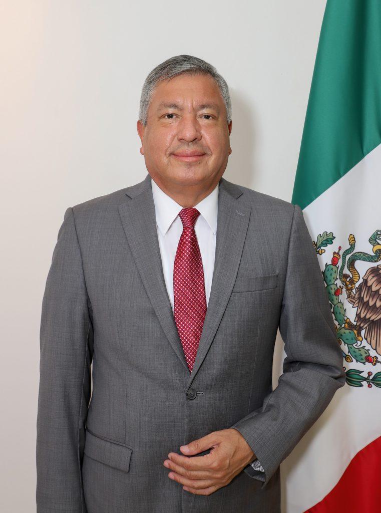 MR. TIE  | LUIS LÓPEZ MORENO